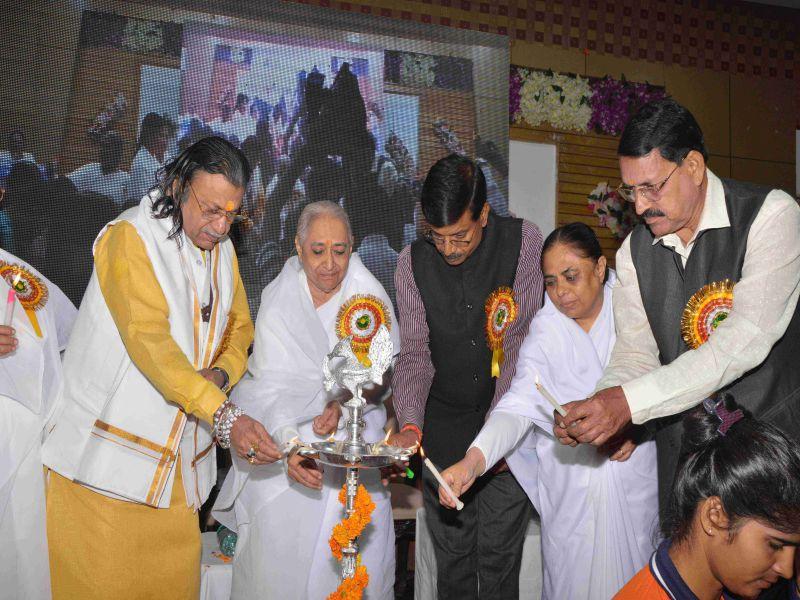 ग्वालियर :अखिल भारतीय प्रदर्शनी बस अभियान - मेरा भारत स्वर्णिम भारत'